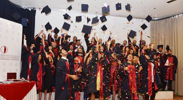 YDÜ 2013-2014 mezunlarını törenlerle uğurluyor