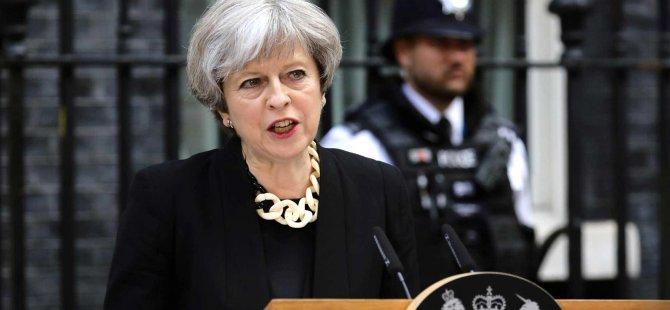 İngiltere Basını: Başbakan May, tarihi yenilgiyle karşı karşıya