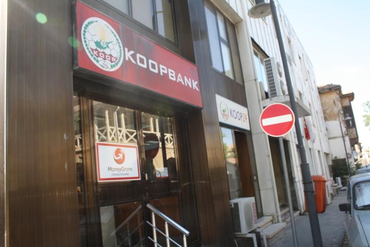 Koop-Sen'den KOOP-BANK'ta 'süresiz grev' uyarısı