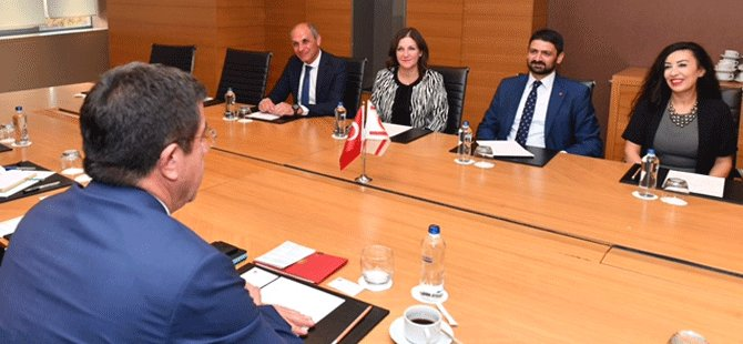 Atun ile TC Ekonomi Bakanı Zeybekçi heyetler arası toplantı yaptı