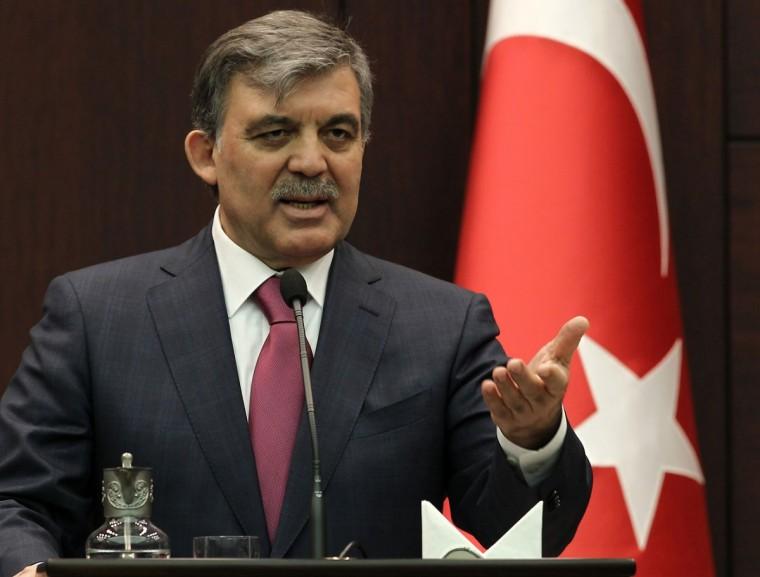 Gül'e göre Erdoğan'ın halefi Davutoğlu
