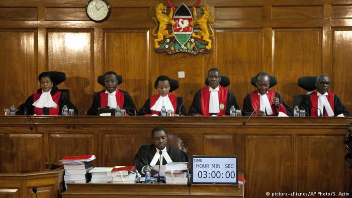 Kenya Yüksek Mahkemesi seçimleri geçersiz ilan etti