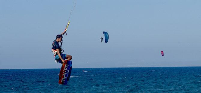 3. Uluslararası Kite Surf Yarışması yapıldı