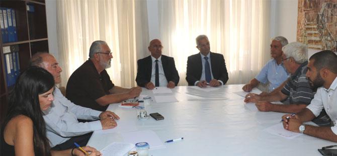 """AKEL heyeti, TDP'yi ziyaret etti: """"Müzakere süreci en kısa sürede yeniden başlamalı"""""""