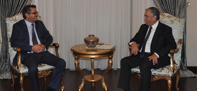 Akıncı, CTP lideri Erhürman ile görüşüyor