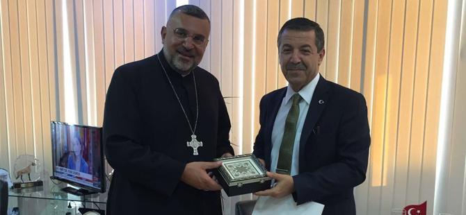 Ertuğruloğlu, Maronit Başpiskopos Soueif'i kabul etti