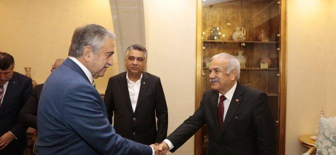 Akıncı KTEZO ve  Adana Esnaf ve Zanaatkarlar Odaları Birliği yetkililerini kabul etti