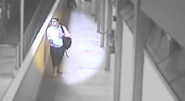 Silahlı öğrenci okulda dehşet saçtı