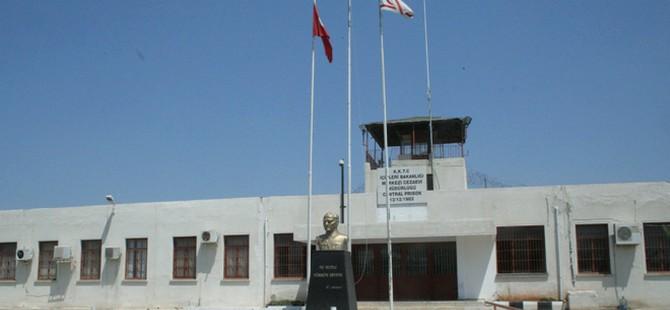 Türkmen: Cezaevine uyuşturucu ve cep telefonu getirmek serbest mi?
