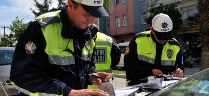 En fazla  trafik cezası yine hız yapan sürücülere kesildi