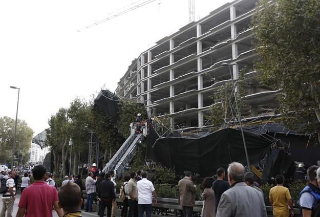 İstanbul'da fırtına hasara yol açtı