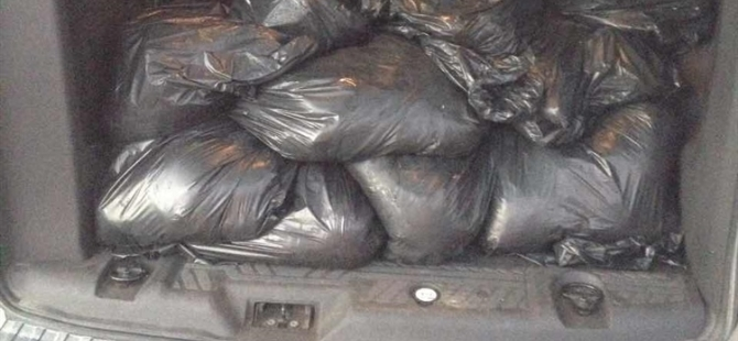 Polis 300 kilo kaçak et ele geçirdi