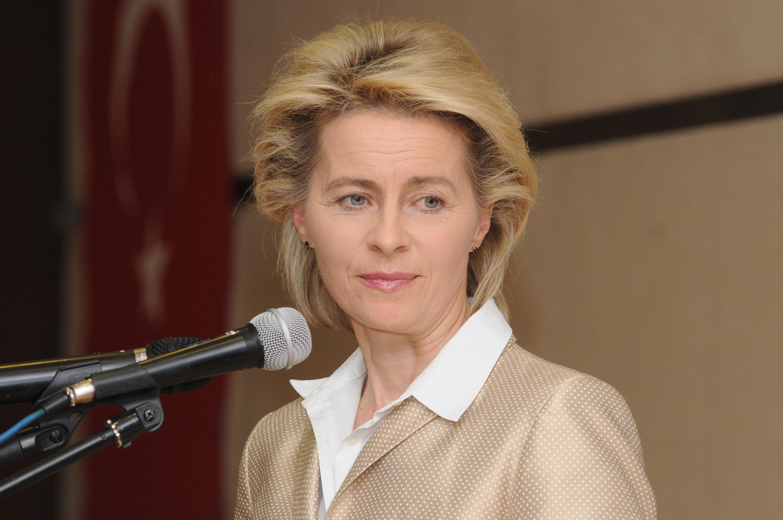 Alman Savunma Bakanı Leyen Erbil'i ziyaret etti