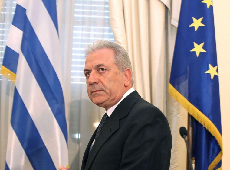 Yunanistan Savunma Bakanı Kıbrıs'a geliyor