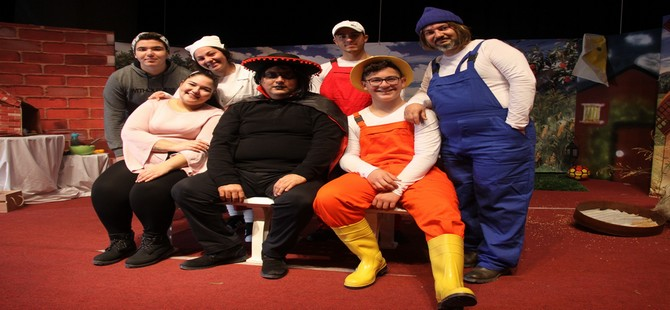 İskele Belediye Tiyatrosu yeni oyunuyla perde dedi