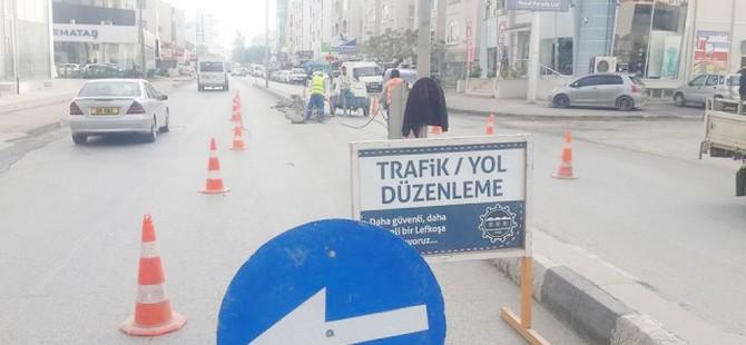Mustafa Ruso Caddesindeki ara geçitler kapatıldı
