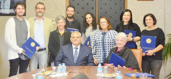 Kıbrıslı sanatçıların eserleri DAÜ'ye emanet