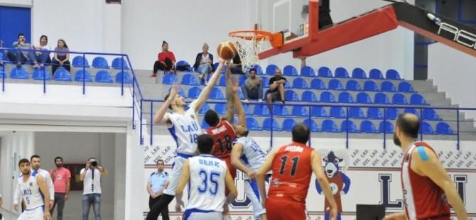 LAÜ, uzatmalarda kazandı (77-74)