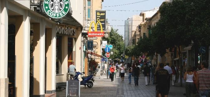 """Euro Barometre araştırmasına göre """"Kıbrıslılar"""" ekonomi konusunda endişeli"""