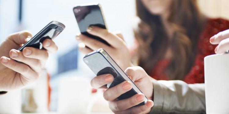 Ceptelefonu kullanıcılarına virüs uyarısı