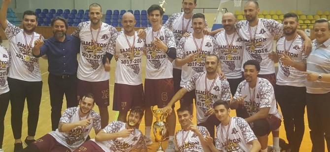 YDÜ, şampiyonluğu kucakladı (73-74)