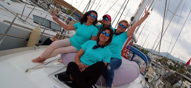 """Kadın yelkencilerden """"Doğu Akdeniz - Kıbrıs Barış Seyri"""""""