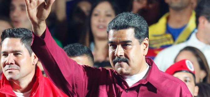 Venezuela'da Maduro zaferini ilan etti