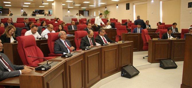 Muhalefetin de katılımıyla Meclis 3. günde toplanabildi,20 dakikada birleşim kapatıldı