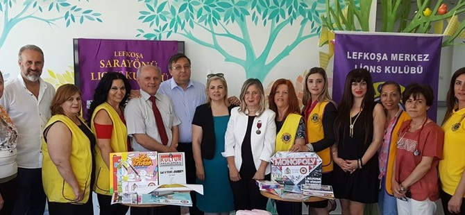 Lefkoşa Sarayönü ve Merkez Lions Kulüpleri'nden onkoloji servisine bağış