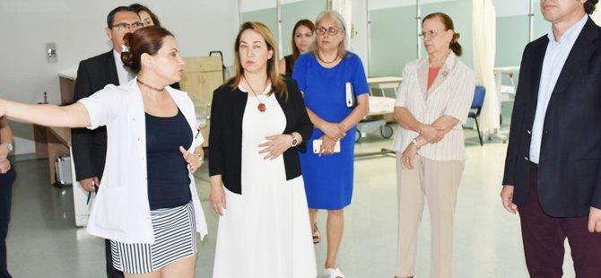 Sağlık Bakanlığı, Özel hastanelerin de Bakanlığı