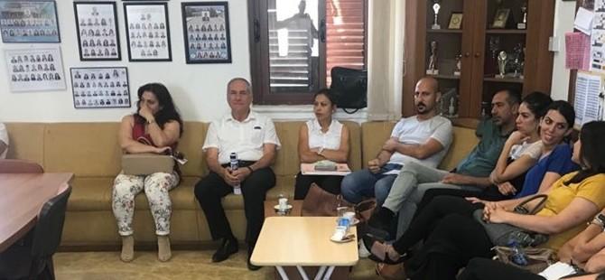Sümer Aygın, Karaoğlanoğlu İlkokulu'nu ziyaret etti