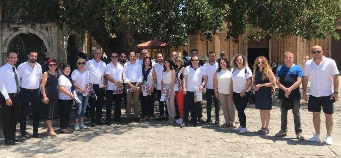 Özersay Gazimağusa'da HP adayları ile ziyaretlerde bulundu