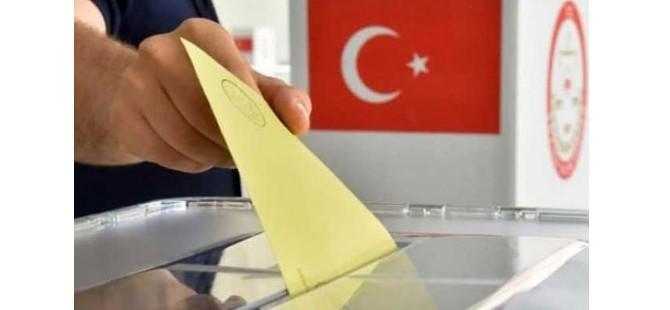 Kıbrıs'ta yaşayan Türkiyeliler yarın oy kullanıyor