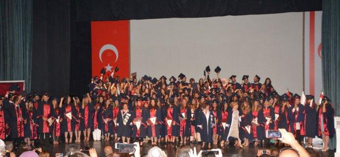 Yakın Doğu Üniversitesi Hemşirelik Fakültesi Mezuniyet Töreni Gerçekleştirildi