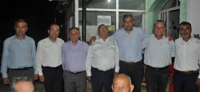 Hükümet ortaklarından Akdoğan'da Ahmet Latif'e tam destek...
