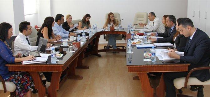 Hukuk Komitesi'nde iki oy birliği
