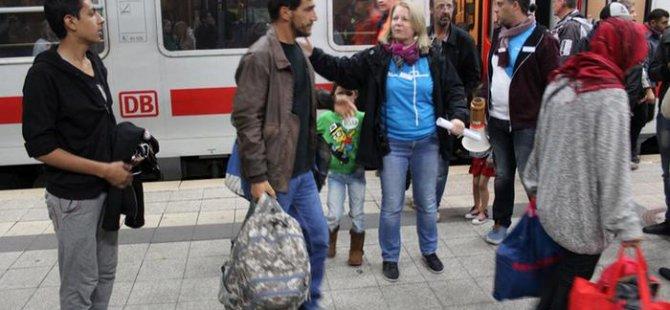 Macaristan'da göçmenlere yardım etmek artık suç