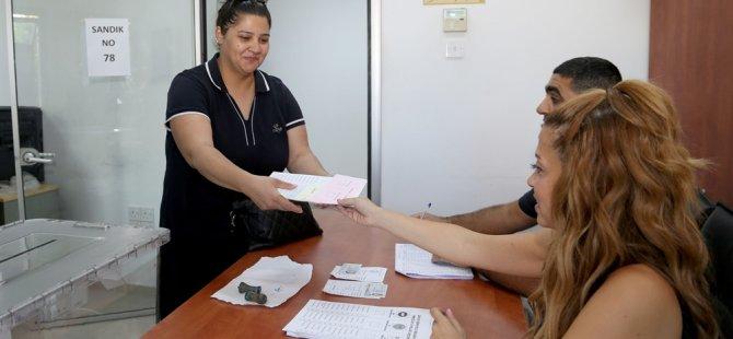 YSK, saat 16.00 itibarıyla seçime katılım oranını yüzde 57 olarak açıkladı