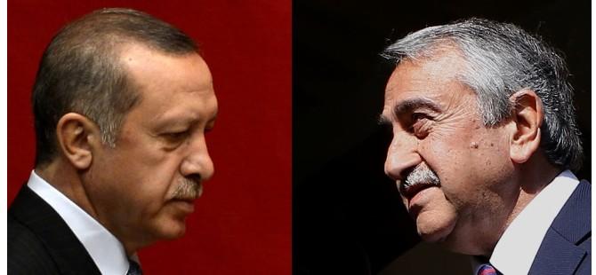 Akıncı, Erdoğan'ı tebrik etti