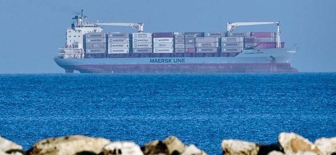İtalya mülteci gemisine izin verdi