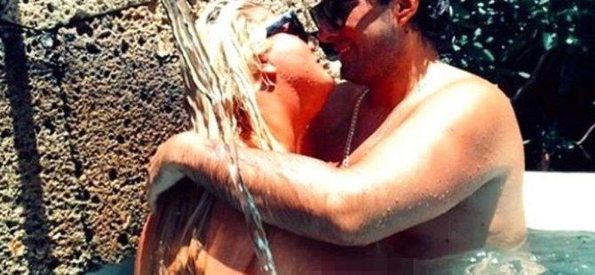 Ünlü televizyon yıldızı seks kasetini satışa çıkarttı