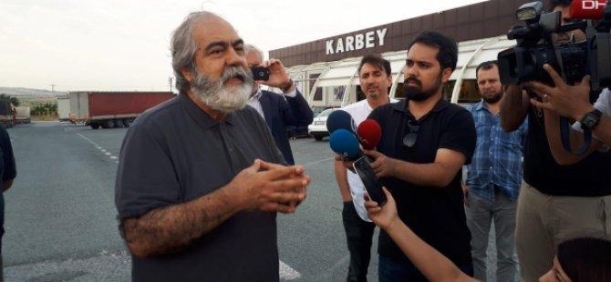Mehmet Altan 1,5 yıl sonra tahliye edildi!