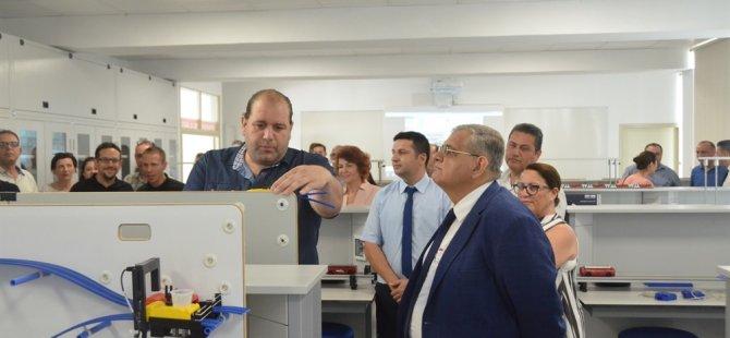 DAÜ Fen ve Edebiyat Fakültesi'nde 3 laboratuar açıldı