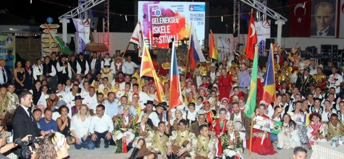 Uluslararası İSKELE belediyesi halk dansları festivali'nde gala heyecanı yaşandı