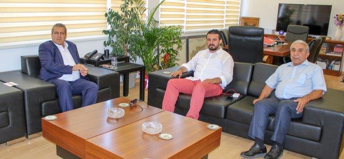 Bertan Zaroğlu İsmail Arter'e hayırlı olsun ziyaretinde bulundu