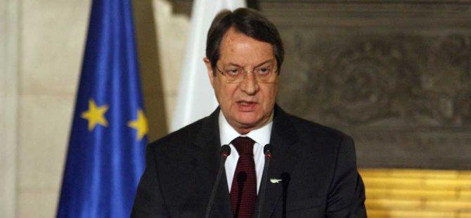 """Anastasiadis """"Normal bir devlet"""" arzuluyor"""