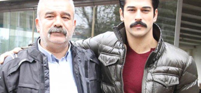 Burak Özçivit'in Babası Bülent Özçivit'e Motorlu Kurye Çarptı
