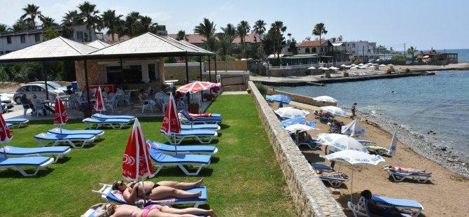Girne Belediyesi'ne ait plajlarda  yapılan deniz suyu analizleri temiz