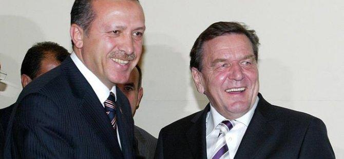 Beştepe'deki törende Almanya'yı Schröder temsil edecek