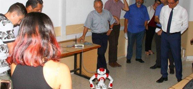 Gelecekte Kıbrıslı Türkleri gururlandıracak bilim insanları sizlerin arasından çıkacak